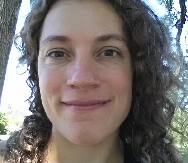 Tania Siemens headshot
